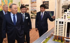 Nursultan Nazarbayev visits kindergarten No.125 in Almaty