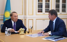 Meeting with Akhmetzhan Yesimov, Chairman of the Board of Samruk Kazyna JSC